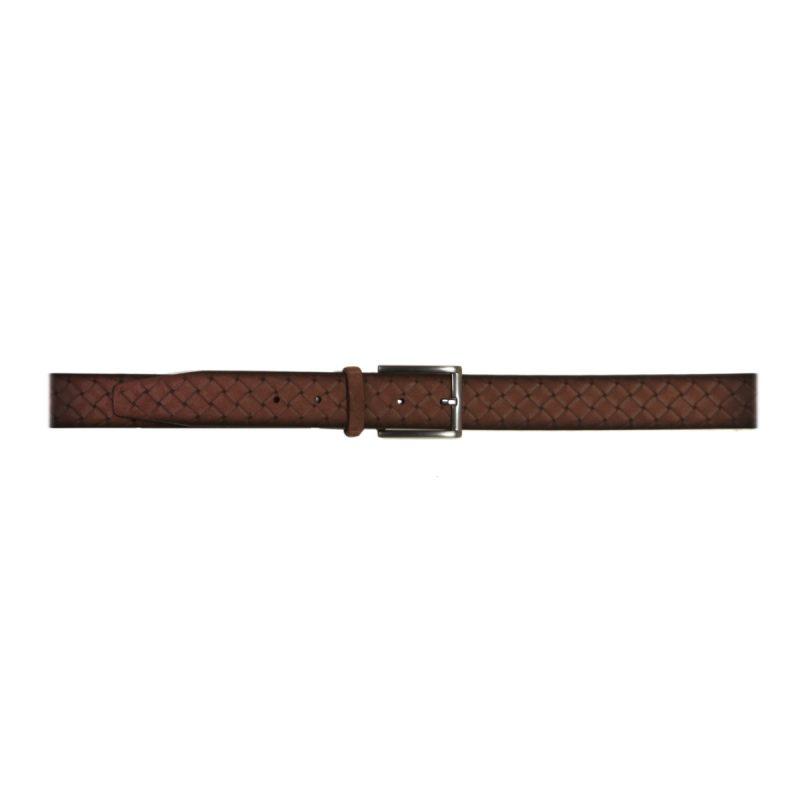 Cinturón marrón con relieve irregular